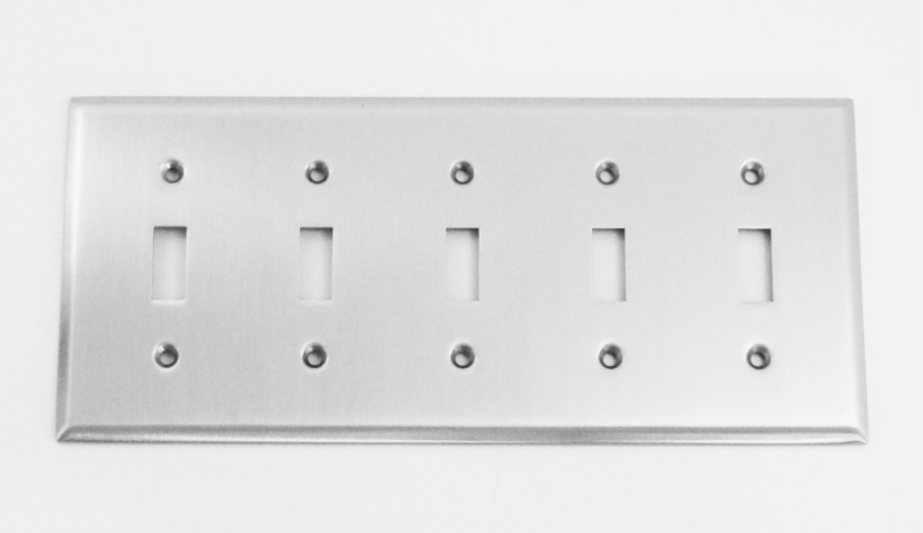 Image Traditional 5 Switch