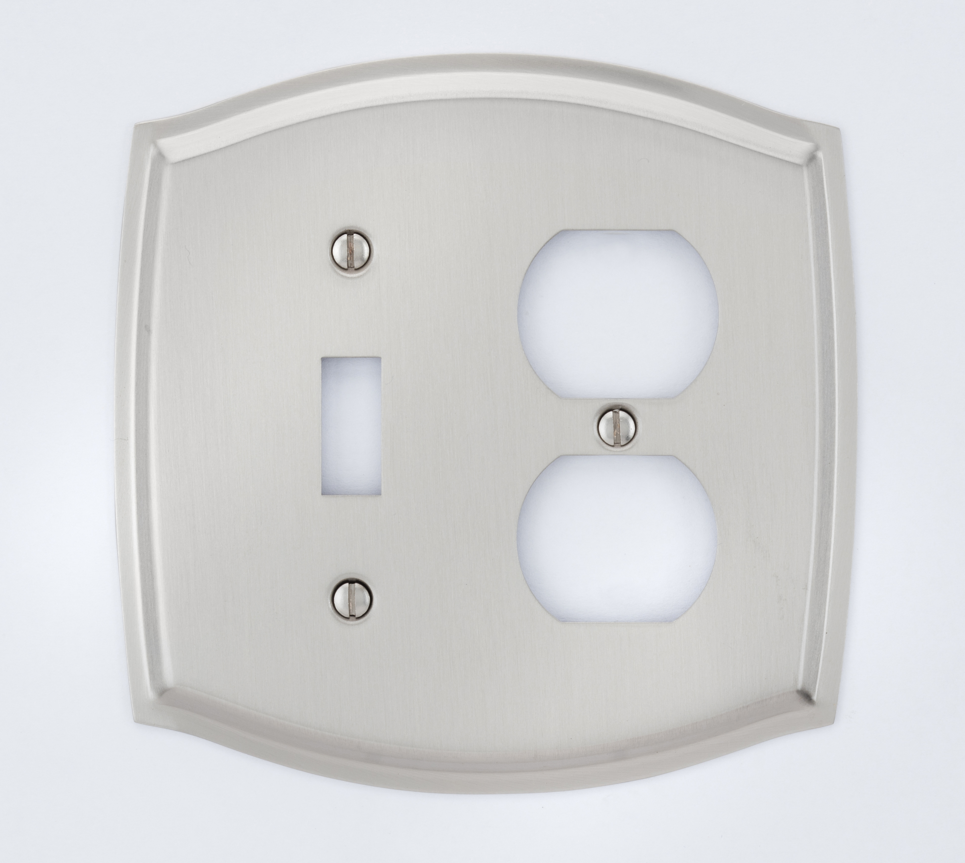Image Colonial Switch & Outlet