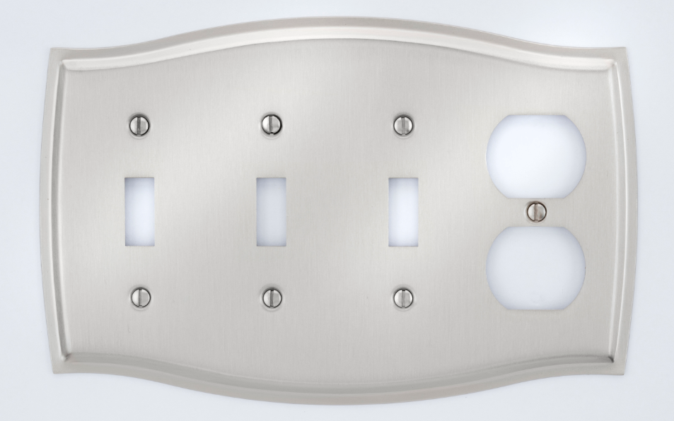 Image Colonial 3 Switch & Outlet